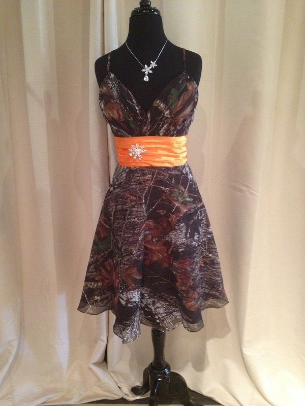 A great Mossy Oak Camo dress for your bridesmaid, homecoming or other country themed special occasion.