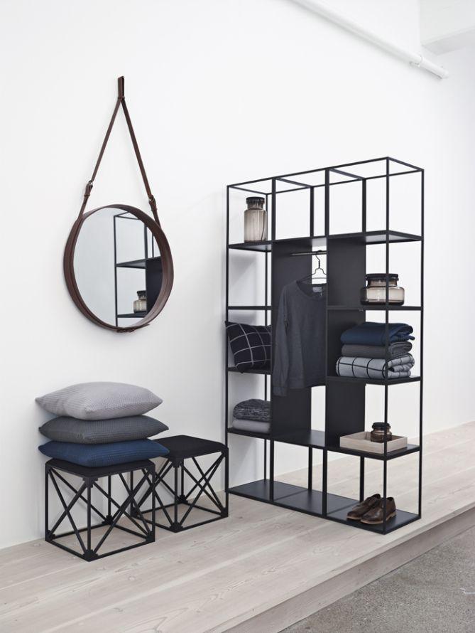 Espelho Adnet e móveis vazados. #espelho #mirror #decoraçãoindustrial