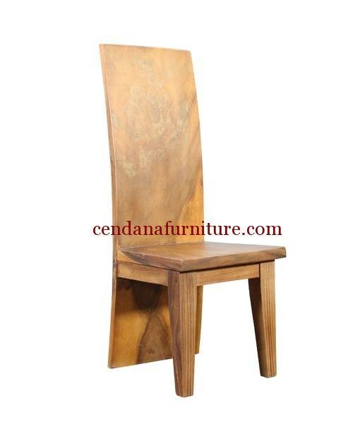 Kursi Makan Cafe Trembesi Jumbo memiliki tampilan dengan design minimalis jumbo terbuat dari kayu trembesi yg kami sempurnakan dg finishing melamin natural