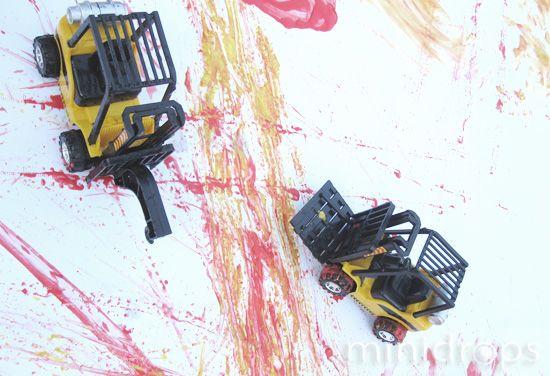 fingerfarben_malen_autos_idee_kindergeburtstag_bob_baumeister