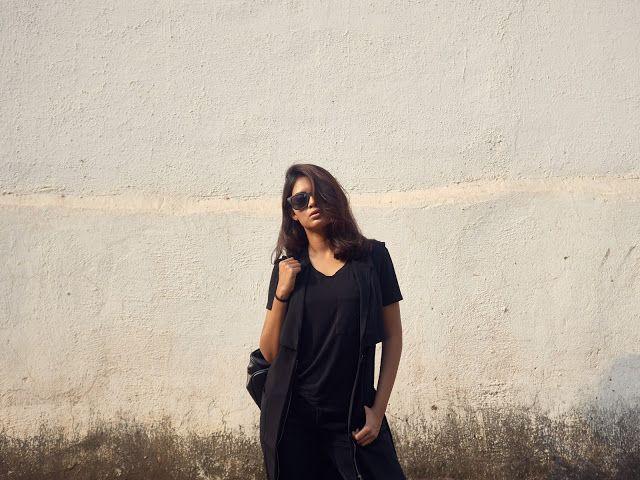 minimalist Instagram: @holy_shorts
