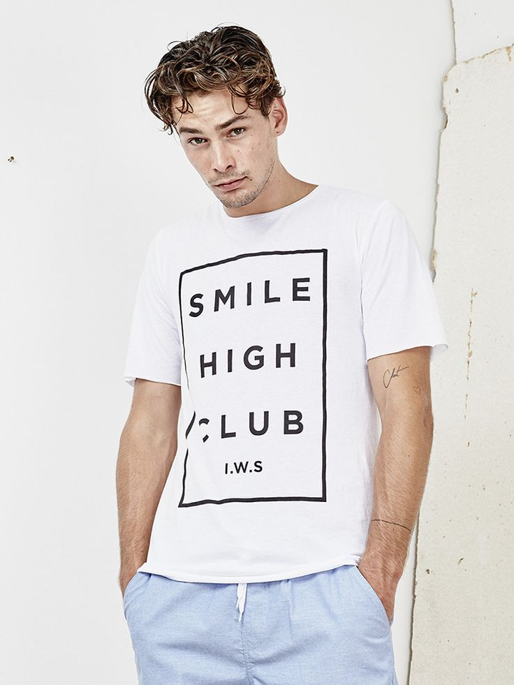 INSTED WE SMILE - Smile High Club Tee - White