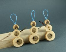 wood Christmas ornaments - snowman by morgod
