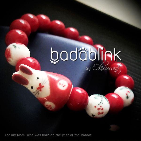 Red and white bunny rabbit bracelets    Material: swarovski pearls and ceramic       Length: 18-22 cm/7-9 inches        Inquiries: facebook.com/badablink         Line: badablink   Email: hello@thebadablink.com