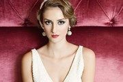 Check out our gallery of wedding hairstyles for short hair for bridal inspiration