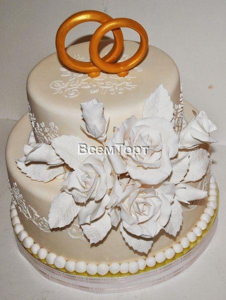 Торт свадебный Белый с кольцами