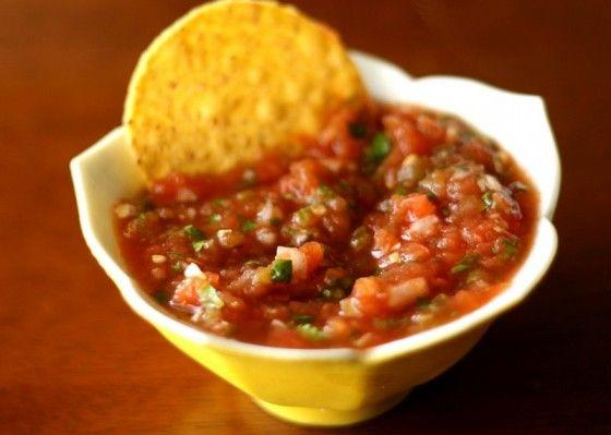 Chevy's Copycat Salsa: Replica Recipes, Snacks Appetizers, Fresh Salsa, Chevy Salsa, Chevy Fresh, Appetizerf Food, Tomatoes Recipes, Starbucks Recipes, Salsa Recipes