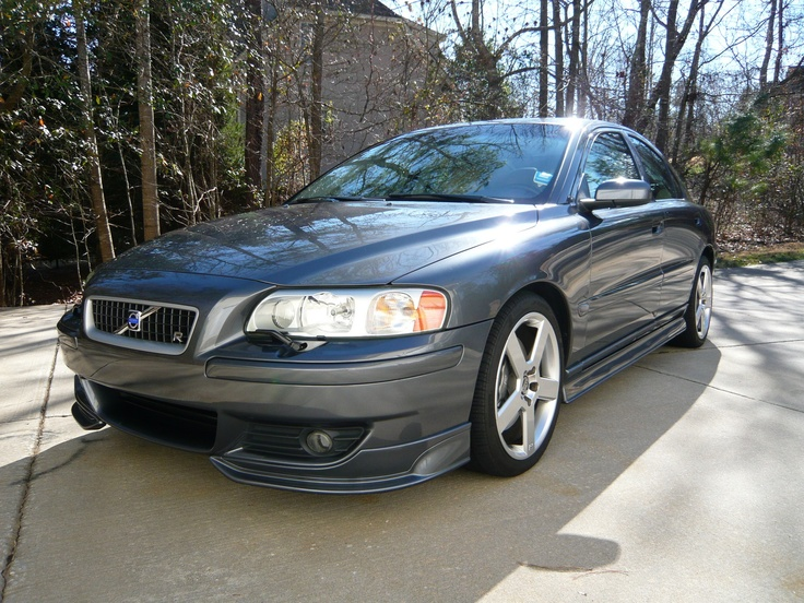 My car, riding in style. Volvo S60 R