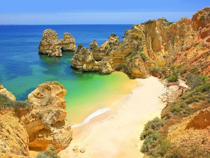 Praia do Camilo, Portugal ♥ | ©