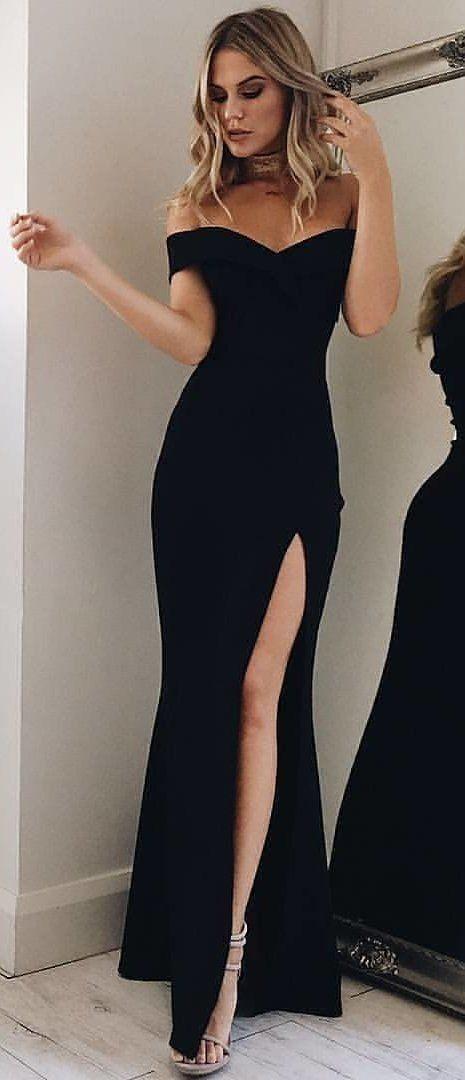9b4938890ee0  winter  outfits black sweetheart-neck off-shoulder side-split dress