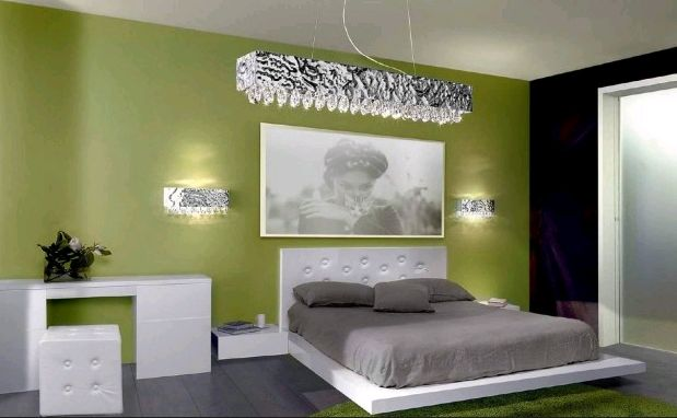 La parete verde e antracite affiancate