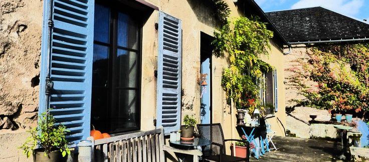 Overnachtingen in Frankrijk. Chambre d'Hôtes,  hartje Morvan, Cussy-en-Morvan, Bourgogne In een oude pastorie is het heerlijk relaxen. Prachtige omgeving, vlak bij Autun, een stad vol Romeinse invloeden. Bij twee prachtige meren. www.de-franse-pastorie.nl