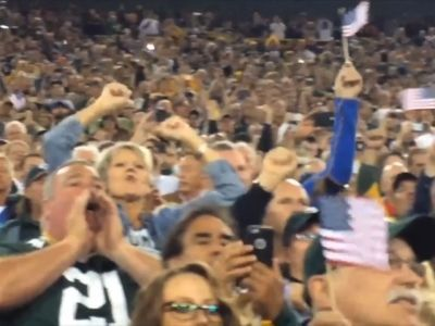 """Fans Chant """"USA! USA!"""" At Bears-Packers Game"""