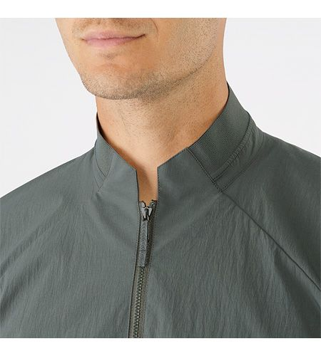 Nemis Jacket Men's Softshell bomber style jacket that combines easy-to-wear style with weather resistant protection.