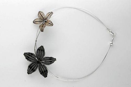 Collección ONA / ONA Collection » Collar dos flores rari
