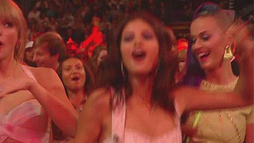 This celebration of girlhood she coordinated with Selena and Katy.   The 25 Best Taylor Swift Audience-Dancing Moments Of All Time