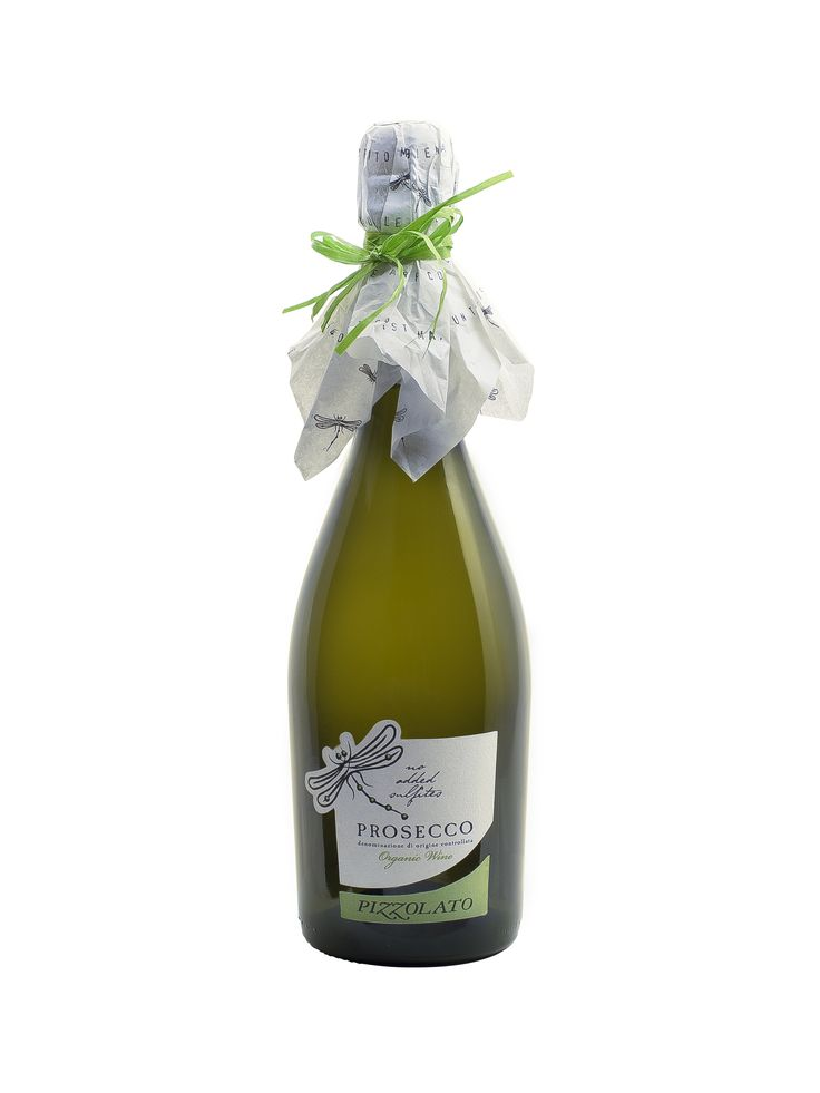 Our Vegan and Sparkling Prosecco without sulfites is renewed not only in the green packaging!  It's a product that comes from a hand selection of the best grapes of our glera vineyards which fermentation is obtained with yeast that do not produce sulfites. A fresh, soft and good balanced sparkling wine, ideal in every occasions.   The packaging, of a glass light, is enriched with a label of FSC certified paper whose ink is environmentally friendly. Available from 20th of October. 