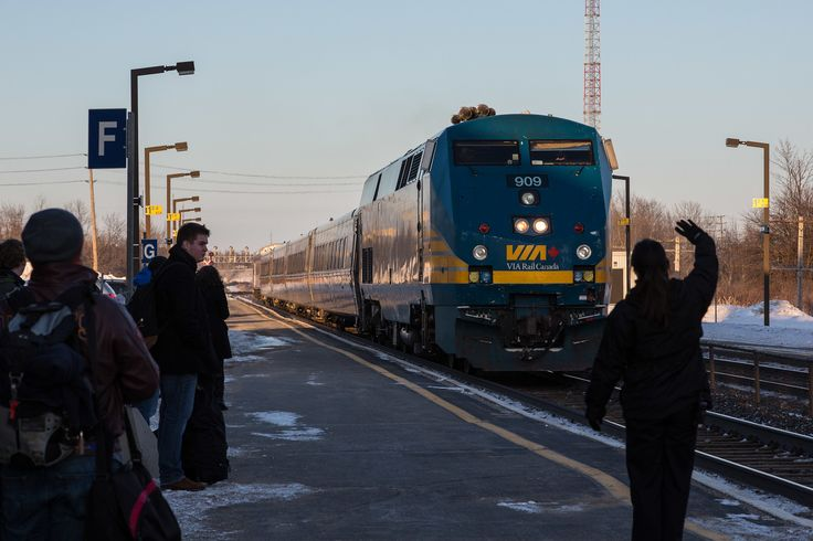 VIA Rail train 55 arriving in Kingston on its way to Toronto.