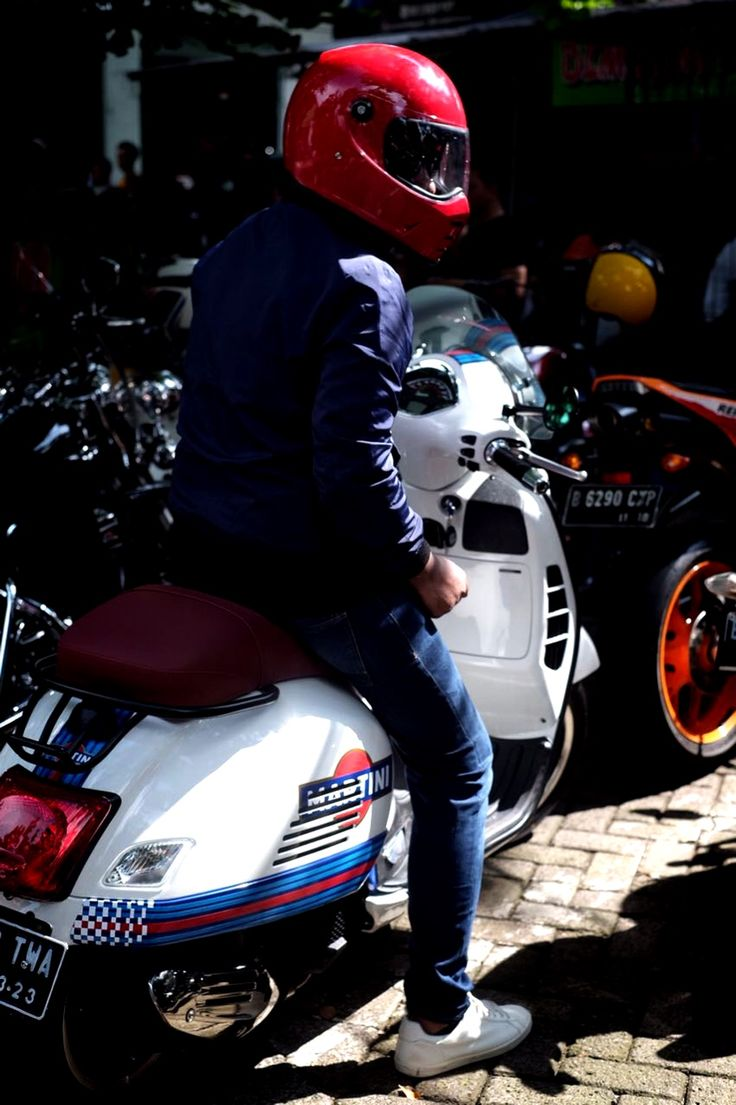 206 Best Vespa Images On Pinterest Vespas Scooters And 1979 Px200 Fuse Box Find This Pin More By Thanh Phm