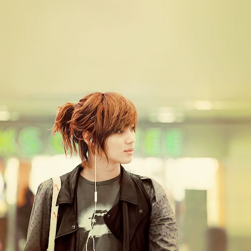 Taemin with his awesome long hair