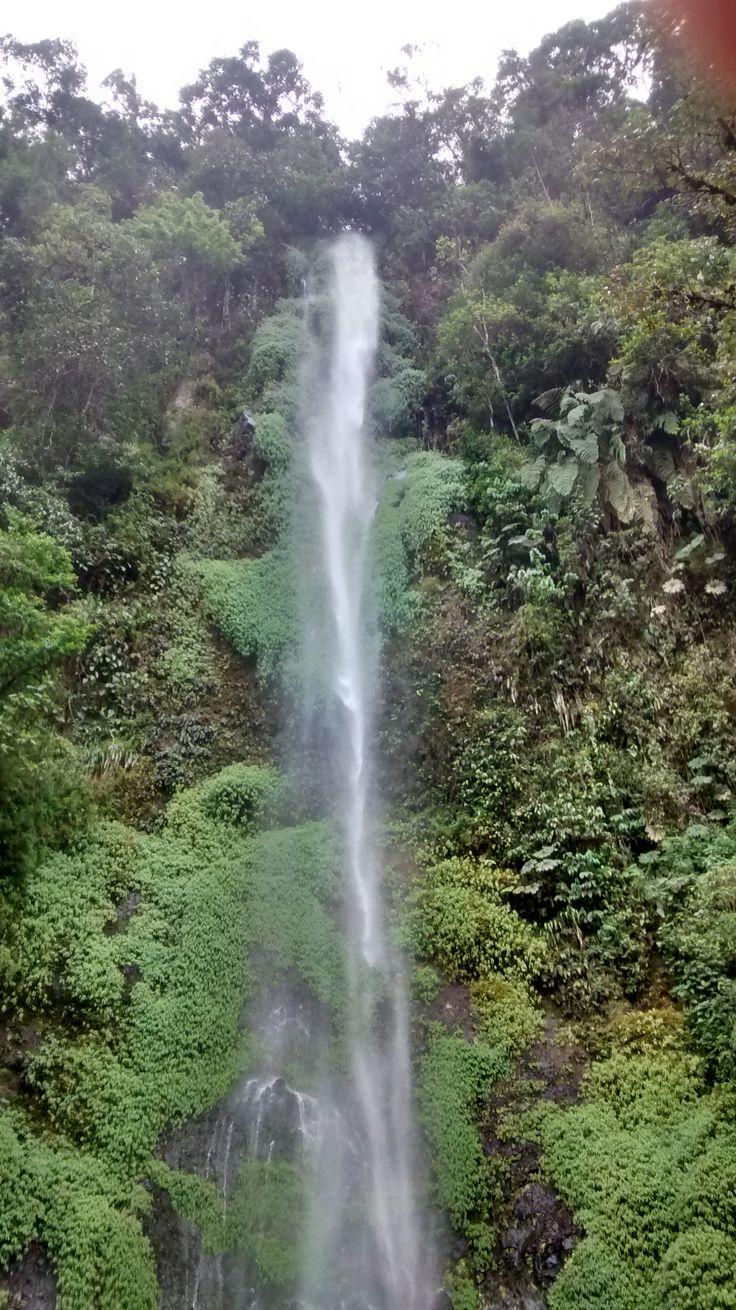 Cascada Los Frailes-Vereda La Suiza-Pereira-Risaralda-Colombia