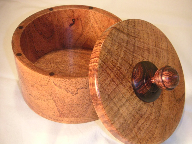Segmented Cooper box bowl. Made of honey mesquite with acorn-style cocobolo finial: Wood Stuff, Acorn Style Cocobolo, Cocobolo Finial, Segmented Cooper, Honey Mesquite, Cooper Box