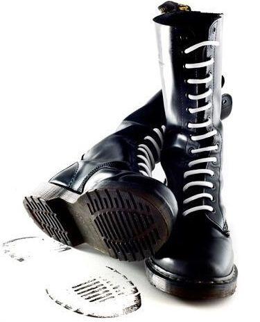 SKINHEAD BOOTS · ZapatillasDoc MartensBotas ...