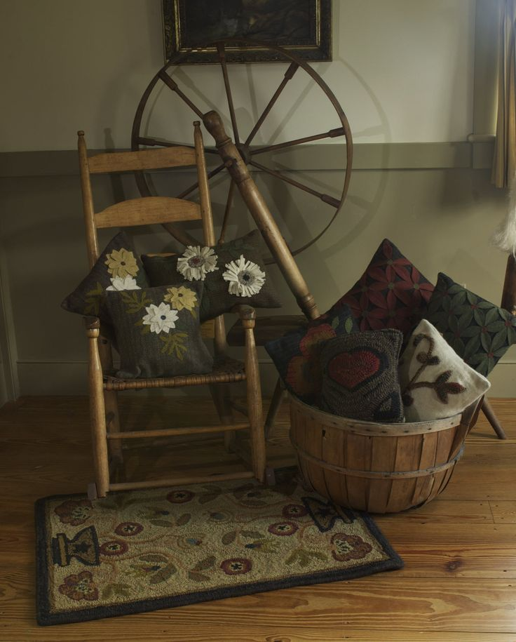 189 Best Images About Primitive Decorating On Pinterest Braided Rug Jute Rug And Primitive