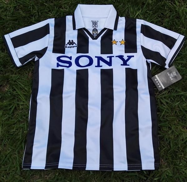 Pin On Juventus Jerseys Shirts Kit