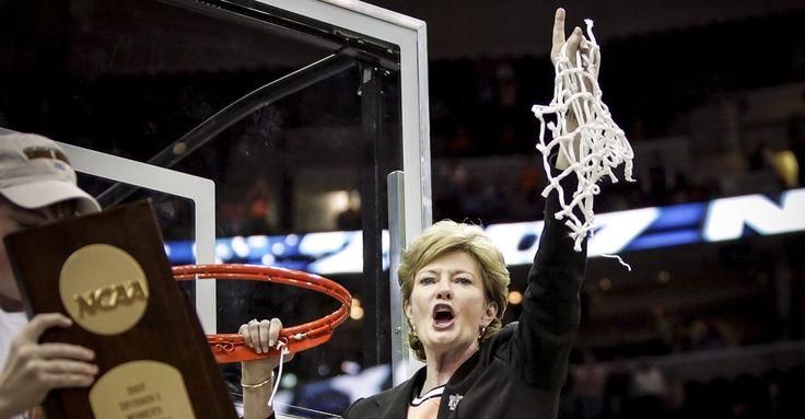 Pat Summitt, the Winningest College Basketball Coach, Dies