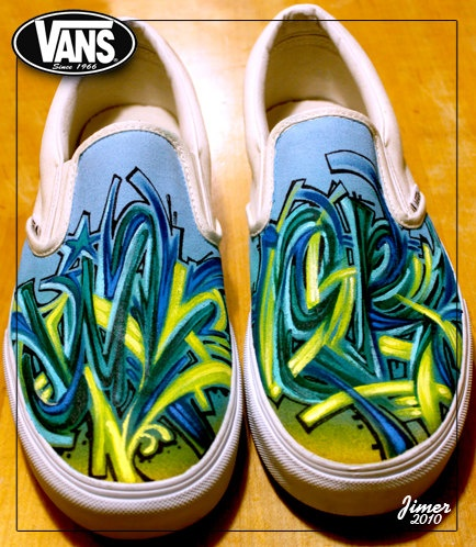 Ohh yes! - Custom painted Vans shoes by Pearmama on Etsy, $130.00