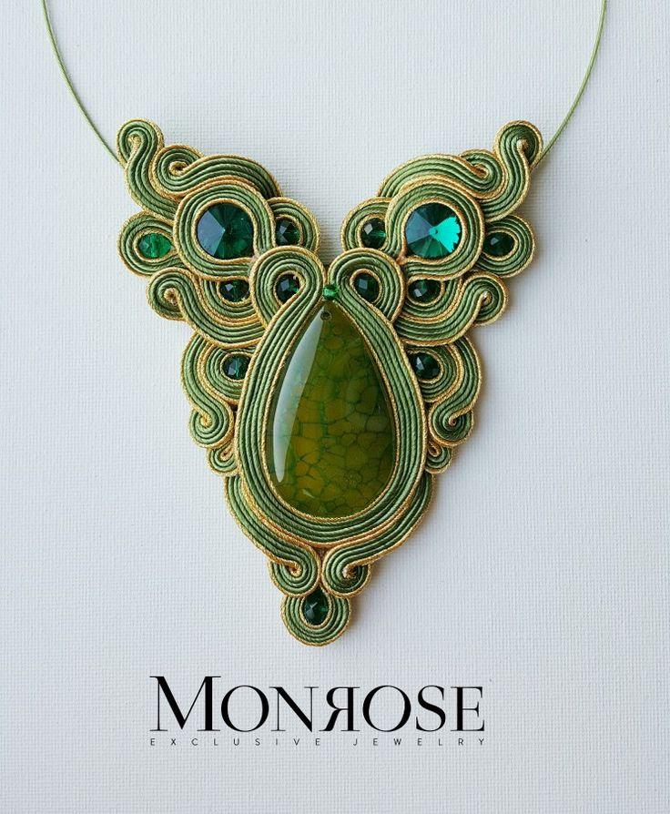 Soutache necklace with dragon veins stone !