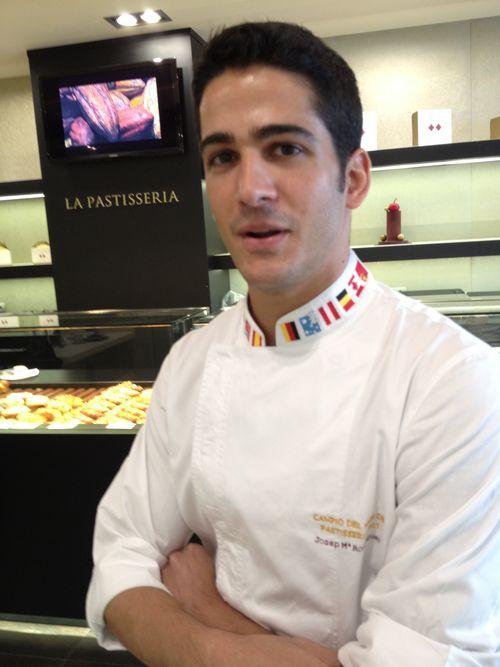 España ganó en 2011 la copa del mundo de pastelería: 2011 La, España Ganó, Copa Del Mundo, Campeón Del, En 2011, Gastronomia Food, De Pastelería,  Laboratory Coats, Dond Los