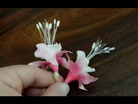 تشكيل زهرة fuchsia بعجينة السيراميك - YouTube