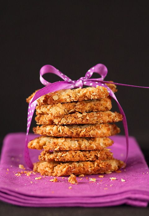 Celebrating ANZAC day with delicious Anzac biscuits!