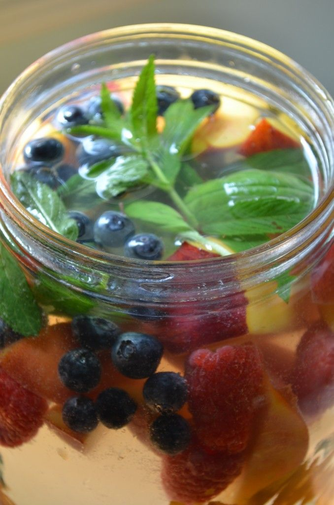 Naturally Flavored Fruit Water for Iftar