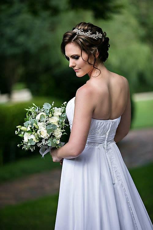 Dilightful Flowers - Unstructured Bridal Bouquet