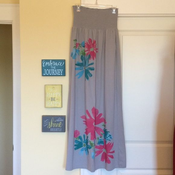 Old Navy Smocked top Maxi Brand new, no tags. Grey with bright floral print strapless smocked top maxi dress. Perfect for the pool or the Beach!! Old Navy Dresses Maxi