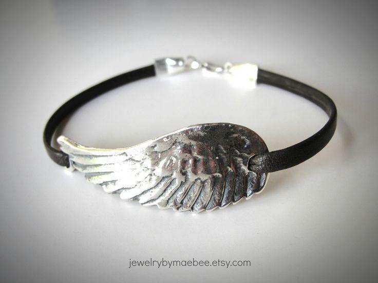 Flight Woman Silver Angel Wings Heart-Shaped Bracelet 7vmbt1k5a