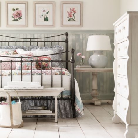 Best 25 painted iron beds ideas on pinterest metal bed frames eclectic bed frames and ikea - Ethan allen metal bed ...