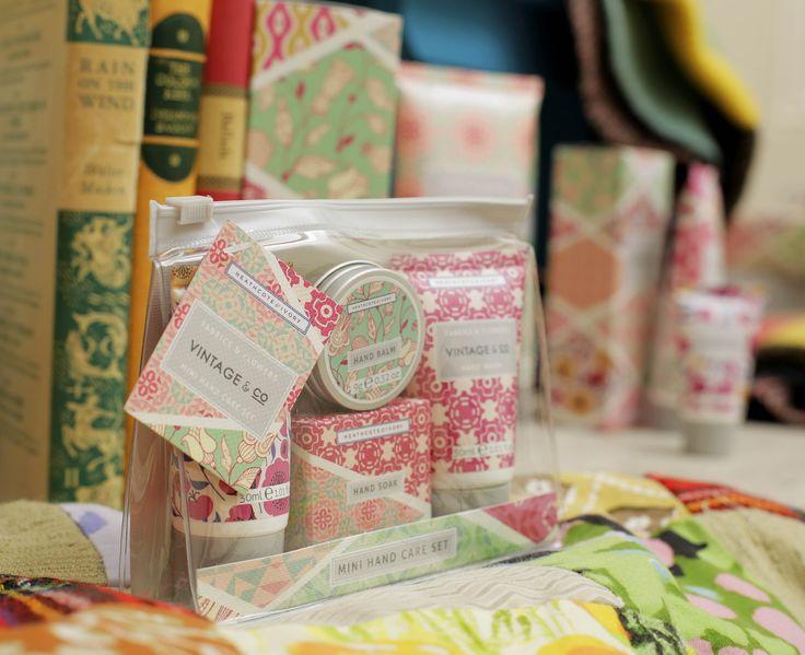 VINTAGE & CO FABRICS & FLOWERS Mini Hand Care Set - Hand Cream, Hand Wash, Hand Soak & Hand Balm