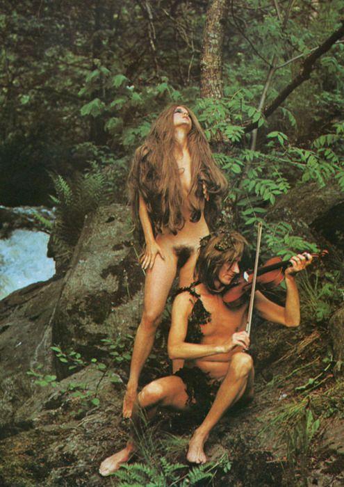 http://allthisisbutadream.blogspot.com/2011/09/hippy-love.html