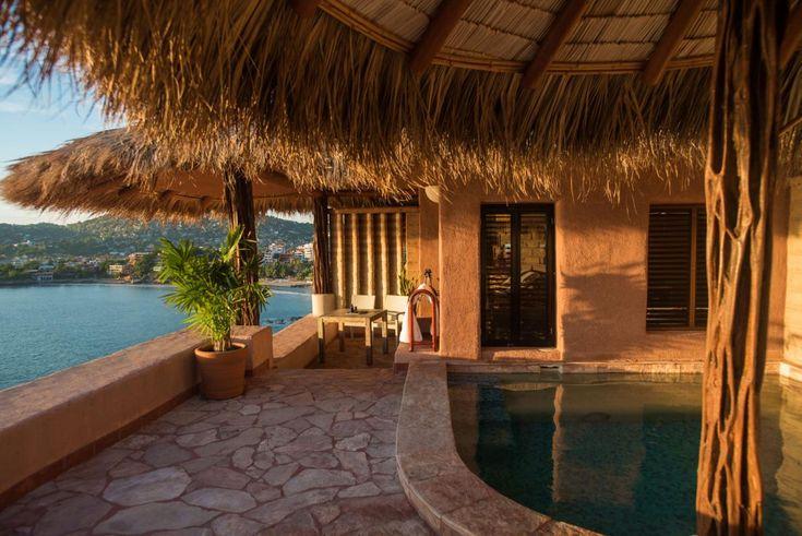 Suite owner La Casa Que Canta (Official Site) - Hotel Ixtapa Zihuatanejo Mexico - Luxury suite Hotel Ixtapa Zihuatanejo - 5 Stars suite Hotel Ixtapa Zihuatanejo - The most Romantic Hotel Zihuatanejo Mexico