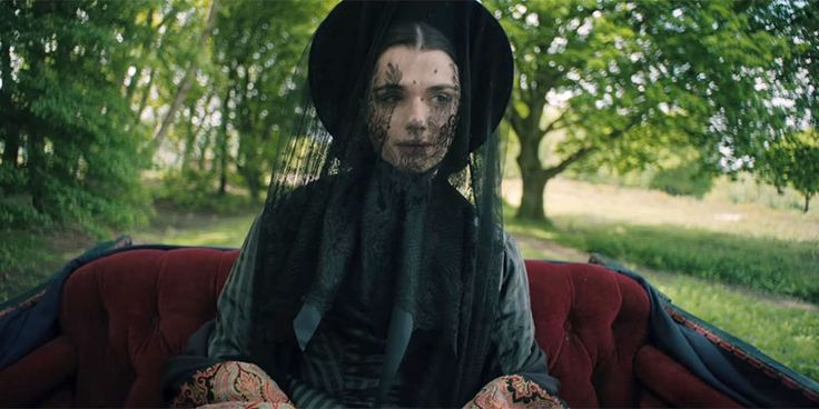 Watch Rachel Weisz Screw with Sam Claflin's Mind in the 'My Cousin Rachel' Trailer