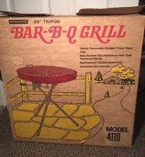 """NWB Grill 1950 Vintage 24"""" Structo Model 4110 Picnic Charcoal BBQ Barbecue Grill"""