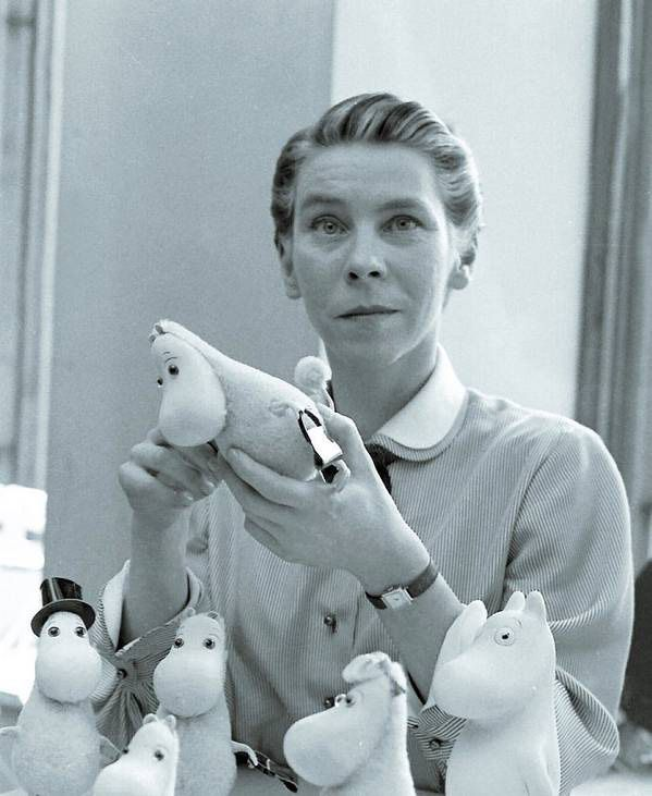 Tove Jansson with her Moomins in 1956. Photograph by Reino Loppinen