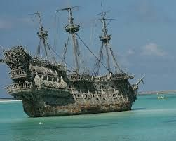 Resultado de imagen de barco pirata real