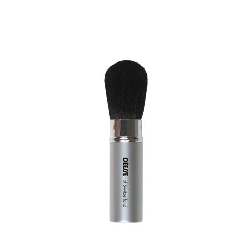 Are un sistem de închidere inteligent, care vă permite să puneţi capacul fără să deterioraţi pensula. Din păr natural, pensula vă ajută să aplicaţi fard de obraz sau orice alt produs cosmetic sub formă de pudră.