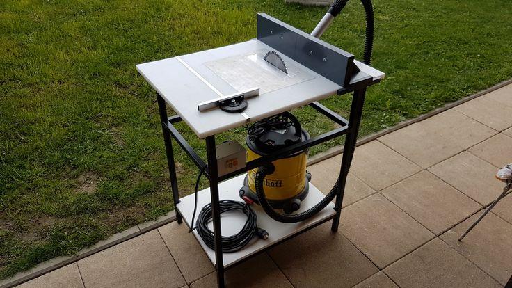 Witam.Moim zadaniem było zrobienie uniwersalnego stolika z szybką wymianą narzędzi.Zadanie się udało, a wymiana narzędzia trwa dosłownie chwilę.Płyta stol...