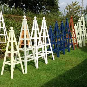 how to make a wooden obelisks for garden